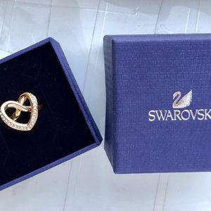 SWAROVSKI施华洛世奇戒指
