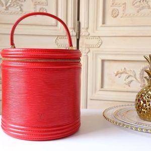 Louis Vuitton 路易·威登红色EPI化妆桶包