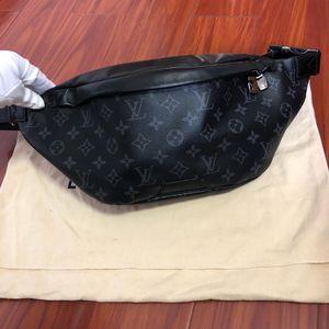 Louis Vuitton 路易·威登黑花腰包