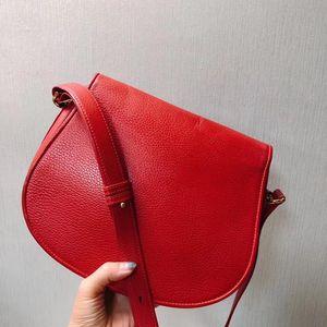Cartier 卡地亚荔枝纹小猪单肩包