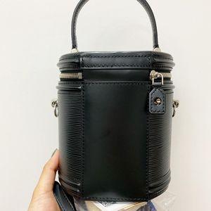 Louis Vuitton 路易·威登水波纹化妆箱水桶包