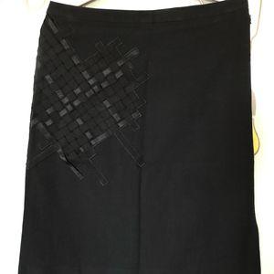 GIVENCHY 纪梵希经典黑色半身裙