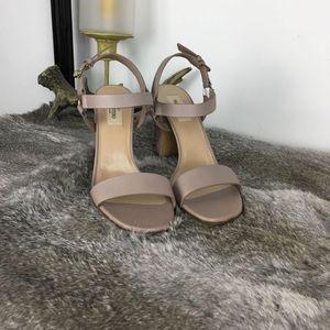 Valentino 华伦天奴奶茶色高跟鞋凉鞋