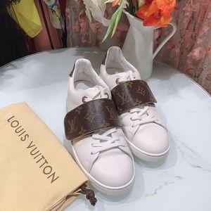 Louis Vuitton 路易·威登白色老花魔术贴小白鞋休闲鞋