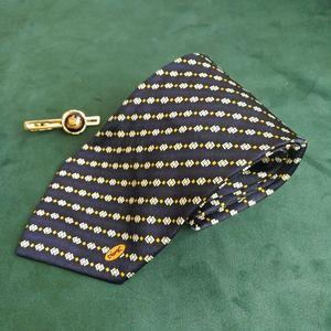 Yves Saint Laurent 伊夫·圣罗兰LD05001男士重磅真丝印花领带