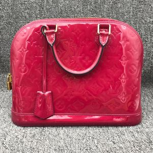 Louis Vuitton 路易·威登H19526女士玫红色漆皮贝壳包手提包