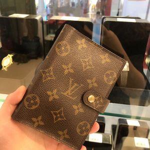 Louis Vuitton 路易·威登护照夹记事本