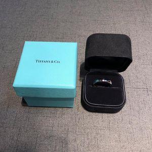 Tiffany & Co. 蒂芙尼classic系列男士戒指