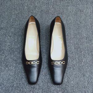 Ferragamo 菲拉格慕女中跟鞋