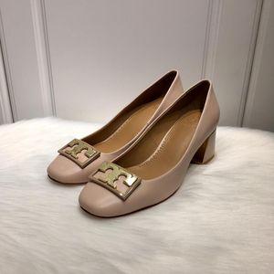 Tory Burch 托里伯奇女士logo圆头方跟平底鞋