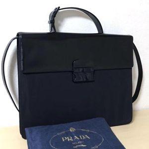 PRADA 普拉达公文包漆皮拼接尼龙手提包
