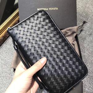 Bottega Veneta 葆蝶家经典款带手柄大号手包