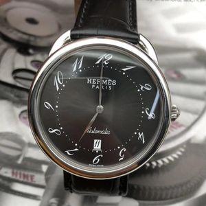 Hermès爱马仕男士腕表