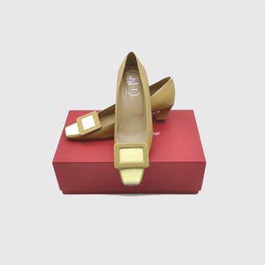 Roger Vivier 罗杰·维维亚女士漆皮方头方扣浅口经典款高跟鞋