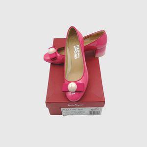 Ferragamo 菲拉格慕女士圆头果冻鞋粗跟鞋经典款