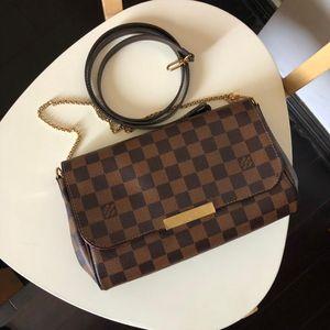 Louis Vuitton 路易·威登棋盘格Favorite中号链条斜挎包