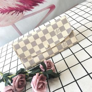 Louis Vuitton 路易·威登米白色棋盘格按扣钱包