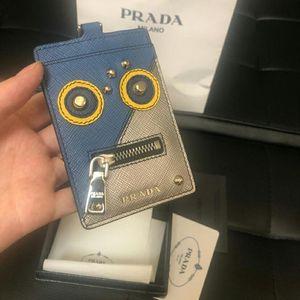 PRADA 普拉达限量款机器人卡包
