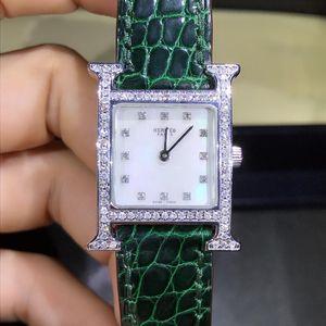 Hermès 爱马仕H型钻石刻度贝母面石英女表