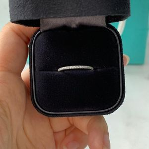 Tiffany & Co. 蒂芙尼18k白金镶满圈海蓝宝戒指