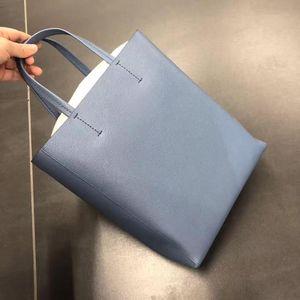 Celine 赛琳雾霾蓝小水桶单肩手提包