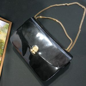 Dior 迪奥DJ12612黑金亮皮金扣金链手拿包单肩包