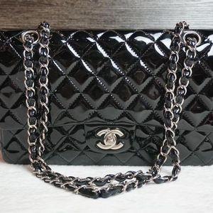 CHANEL 香奈儿黑色漆皮链条包