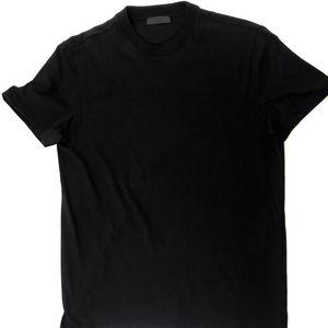 PRADA 普拉达纯黑短袖