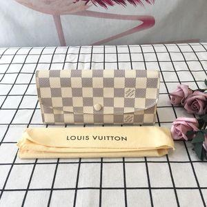 Louis Vuitton 路易·威登米白色棋盘格按扣钱夹