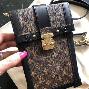 Louis Vuitton 路易·威登老花手机包
