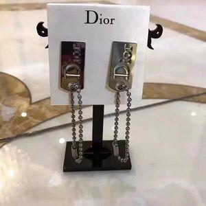 Dior 迪奥耳夹式耳环