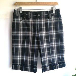 Burberry 博柏利YF04014黑格纹五分裤