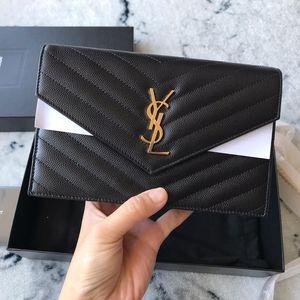 Yves Saint Laurent 伊夫·圣罗兰鱼子酱黑金woc斜挎链条单肩包