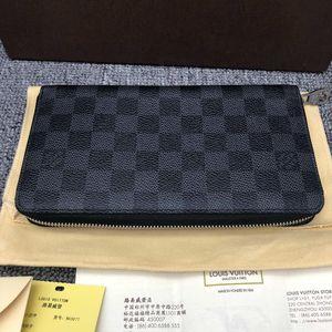 Louis Vuitton 路易·威登灰色棋盘格男士钱包手包