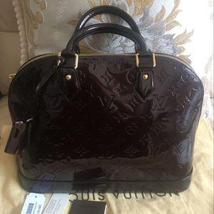 Louis Vuitton 路易·威登车厘子贝壳包
