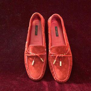 Louis Vuitton 路易·威登时尚休闲女款豆豆休闲鞋