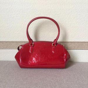 Louis Vuitton 路易·威登红色全皮手提单肩包