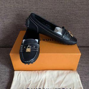 Louis Vuitton 路易·威登黑色机车锁头豆豆休闲鞋
