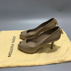 Louis Vuitton 路易·威登女士鱼嘴高跟鞋