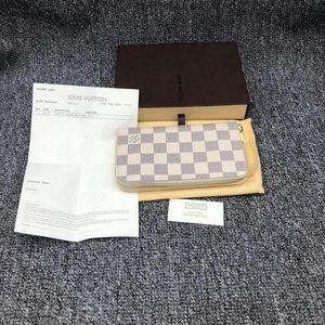 Louis Vuitton 路易·威登女士白棋盘手拿包