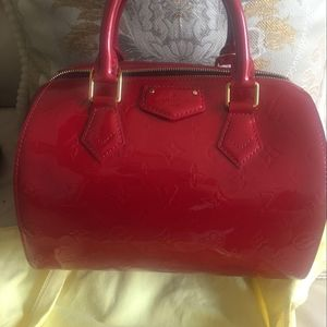 Louis Vuitton 路易·威登经典印花枕头包