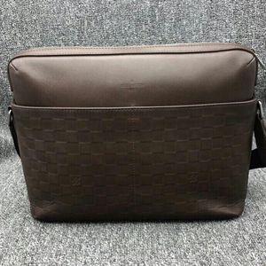 Louis Vuitton 路易·威登咖色男士公文包