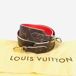 Louis Vuitton 路易·威登老花双面红皮拼老花宽肩带