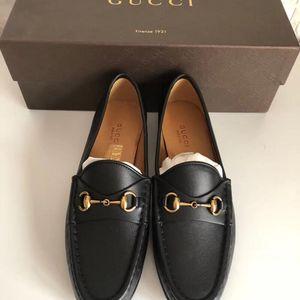 GUCCI 古驰皮鞋