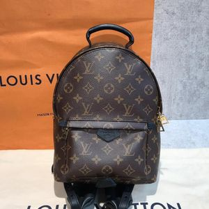 Louis Vuitton 路易·威登双肩包