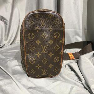 Louis Vuitton 路易·威登胸包