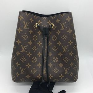 Louis Vuitton 路易·威登黑桶单肩包