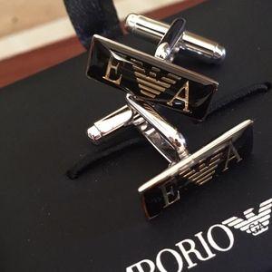 Emporio Armani 安普里奥·阿玛尼猎鹰纯银袖扣