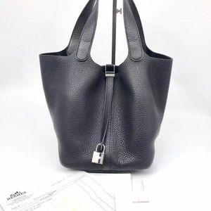 Hermès 爱马仕菜篮子黑色22银扣手提包