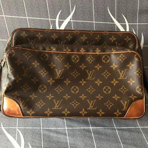 Louis Vuitton路易威登单肩包